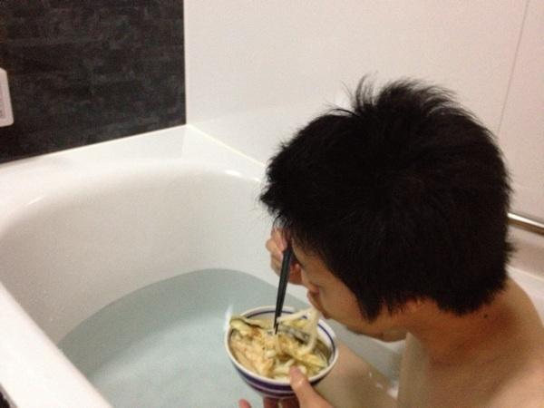 お風呂でうどん