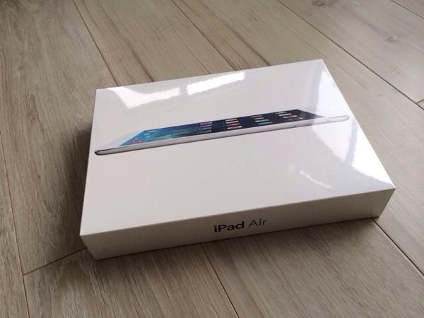 iPad Airの箱