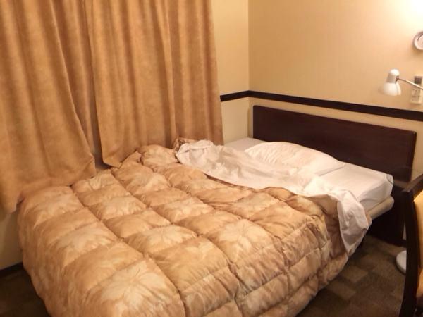 東横インのベッド