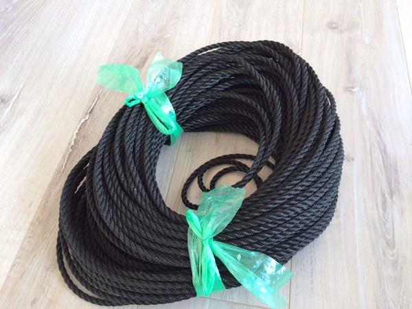 転落防止ネット用のロープ