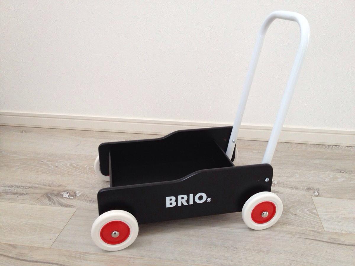 BRIOの手押し車