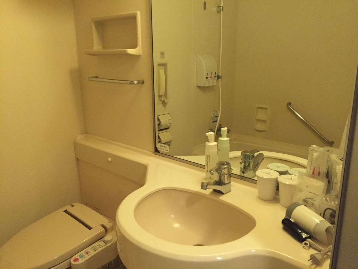 APAホテル東京ベイ幕張の部屋の様子