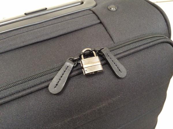 無印良品のキャリーバッグ「ソフトキャリー」の鍵