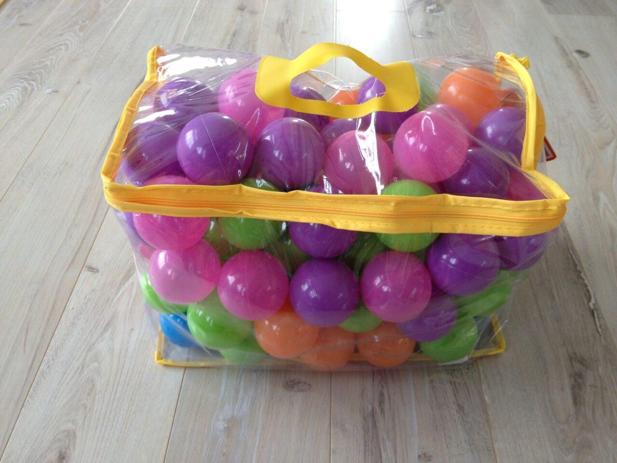 自宅で子供用ボールプールのボール
