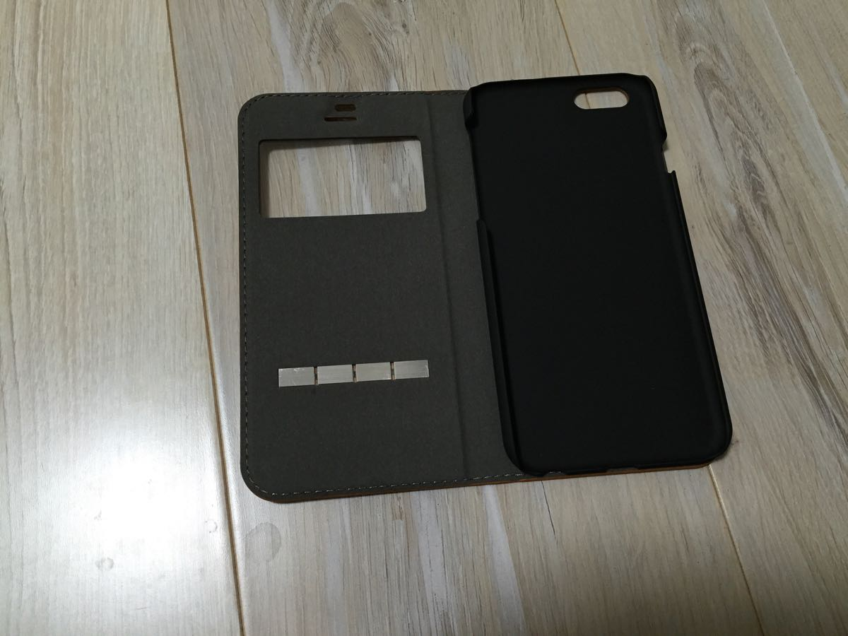 iPhone6/6sの窓付き手帳型ケース「Hamee Window Flip Case」