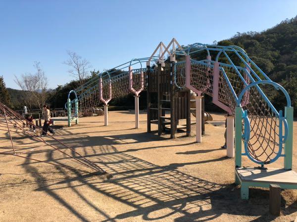【岡山子供の遊び場】玉野深山公園(みやま公園)の新設された遊具で遊んできた。