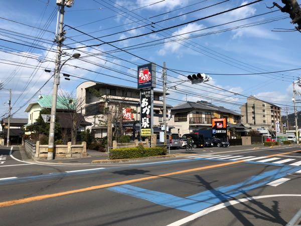 香川宇多津の行列ができるうどん店「おか泉」に行ってきた。