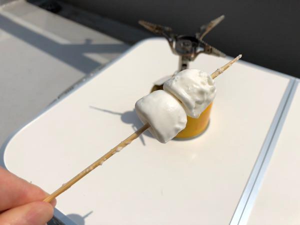 【ベランピング】シングルバーナーで作る子供も喜ぶ焼きマシュマロ