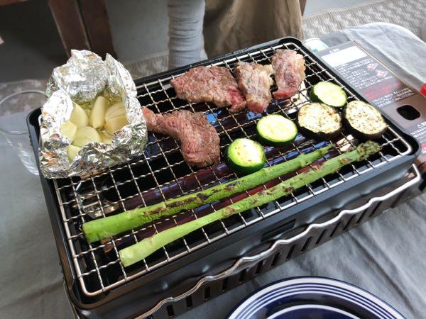ガス型コンロで手軽にBBQ。イワタニ(IWATANI)「炉端焼き器炙りや」を使ってみての評価・感想