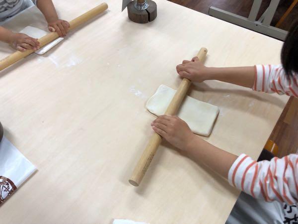 香川県の子供連れ家族旅行プランのひとつ最適。子供とうどん作り体験ができる「中野うどん学校」が熱い!