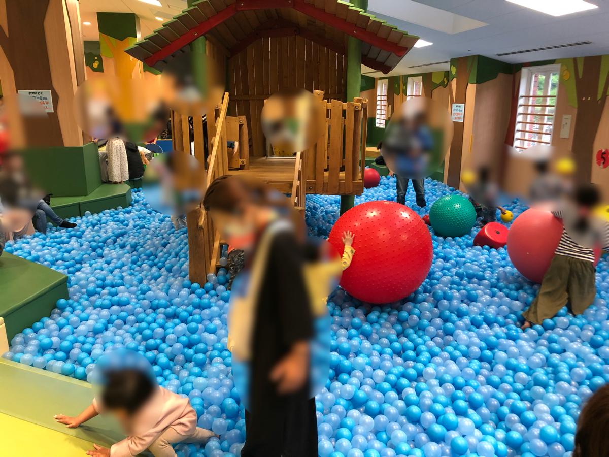 愛媛県新居浜市別子銅山あかがねキッズパークが雨の日でも子供が遊べてよかったよ。行ったみた感想など。