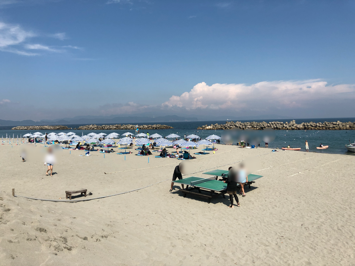「アオアヲナルトリゾート」の海のビーチ風景