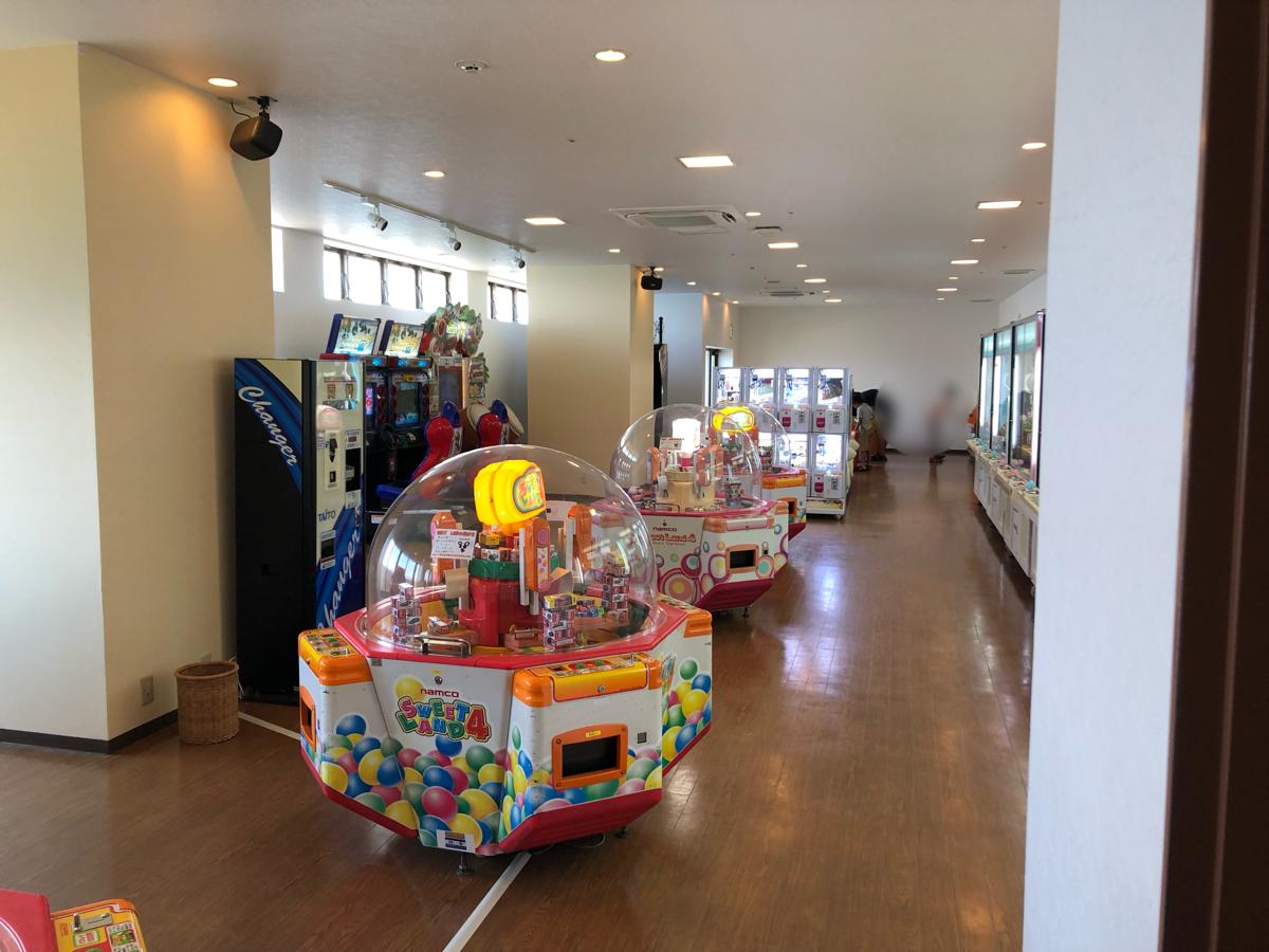 「アオアヲナルトリゾート」のゲームセンターコーナー