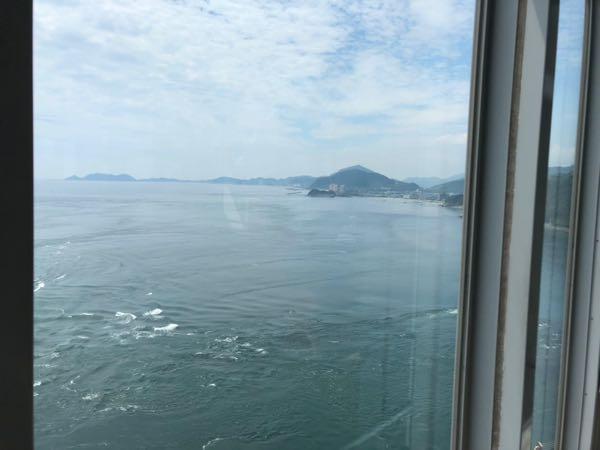 大鳴門橋「渦の道」からの眺め