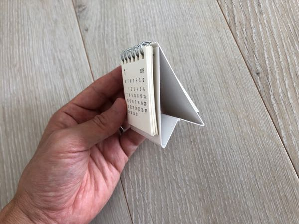 無印のトイレに置ける小さい卓上カレンダー