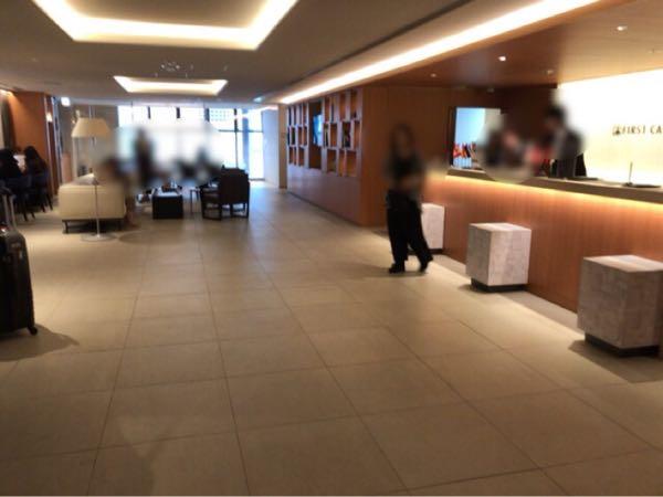 東京駅近く豪華カプセルホテル「ファーストキャビン京橋」のロビー