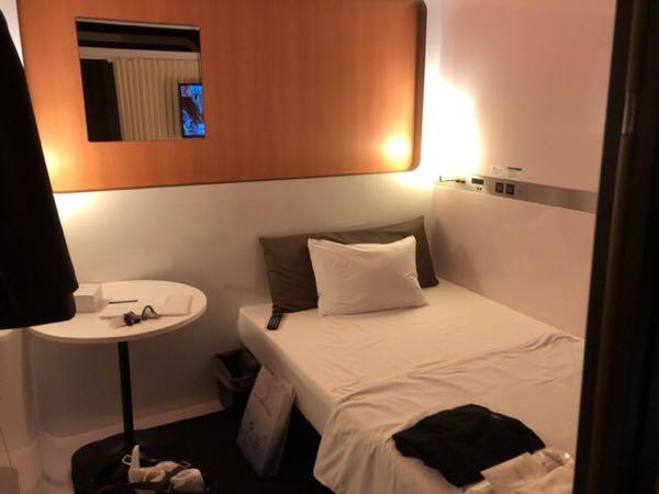 東京駅近く豪華カプセルホテル「ファーストキャビン京橋」のファーストクラスキャビンはの様子